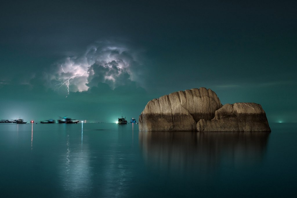rock, thunder and lightning