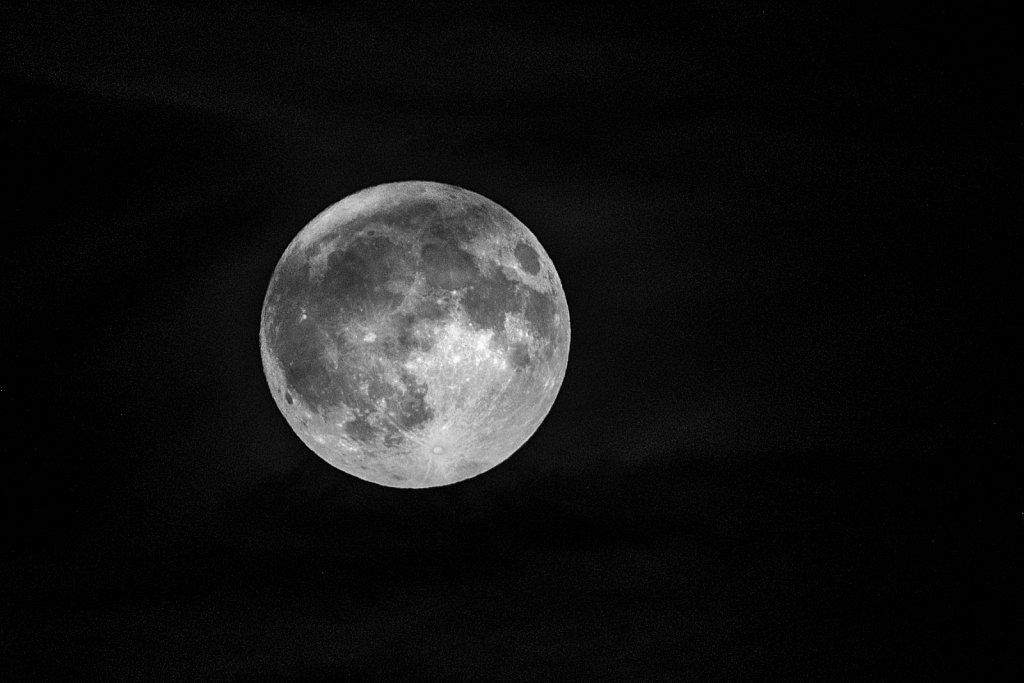 160125-moon-064130-Edit.jpg